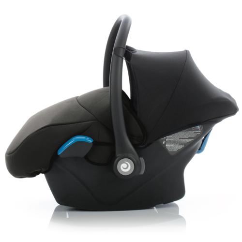 Команда инженеров Tutis создала безопасное и удобное автокресло, произведенное по всем стандартам новейших технологий. Автокресло в одно движение ставится на раму Zille, а также на базу ISOFIX.